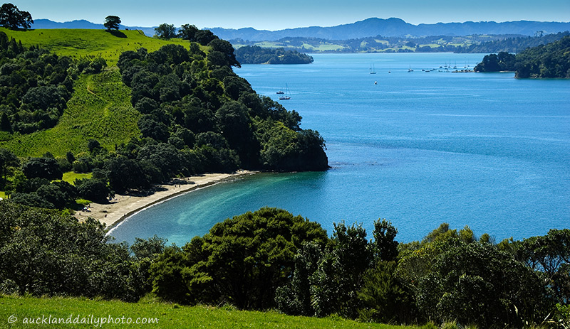 Sullivans Bay Mahurangi. The Bay's current name comes