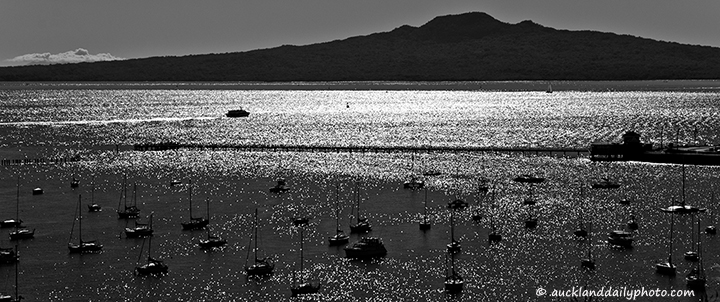 Ferry to Rangitoto
